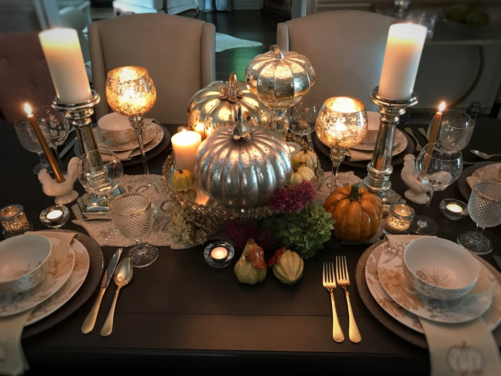 fall decor, fall tablescapes, fall dinner table, thanksgiving dinner, thanksgiving table