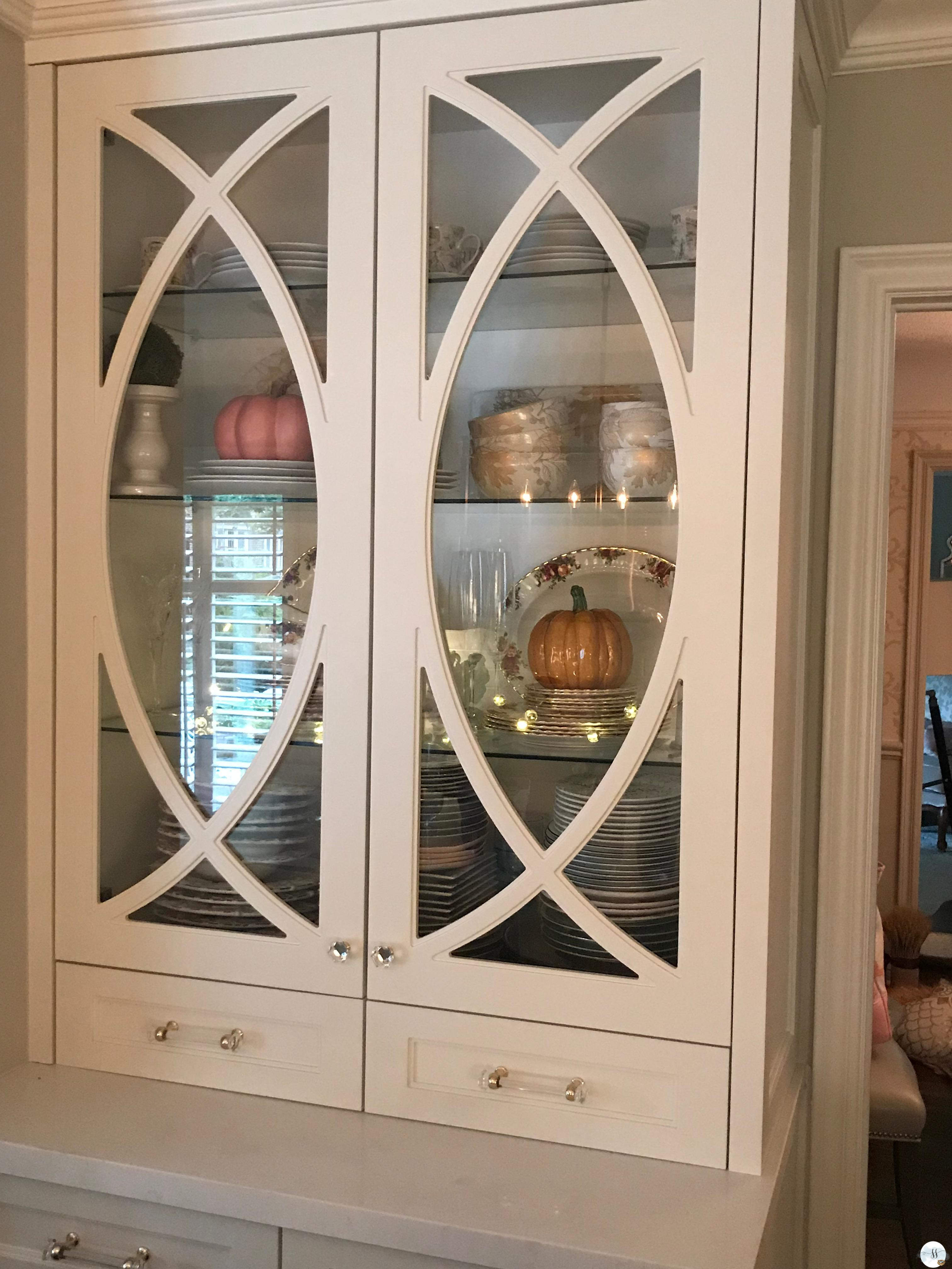 fall kitchen decor, better homes and gardens.