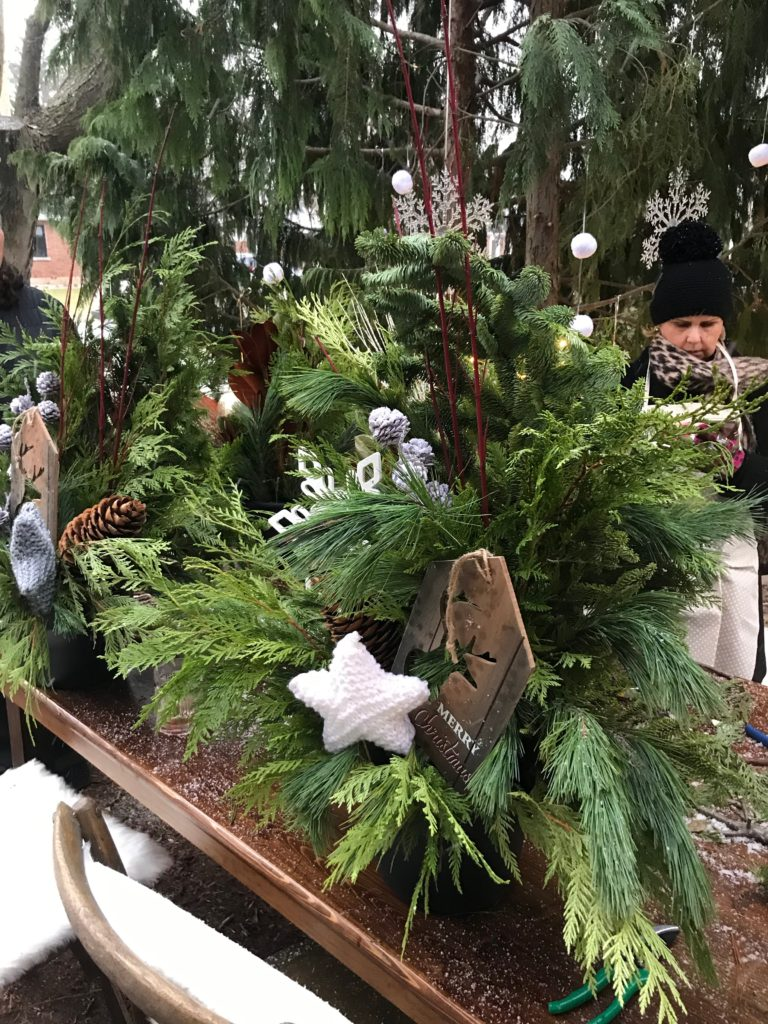 DIY outdoor Christmas planters. Gardening made easy in a winter wonderland