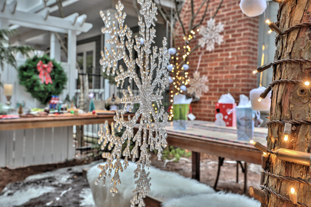 DIY winter wonderland decor at Christmas time.