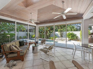 back yard lanai, wooden ceiling, florida